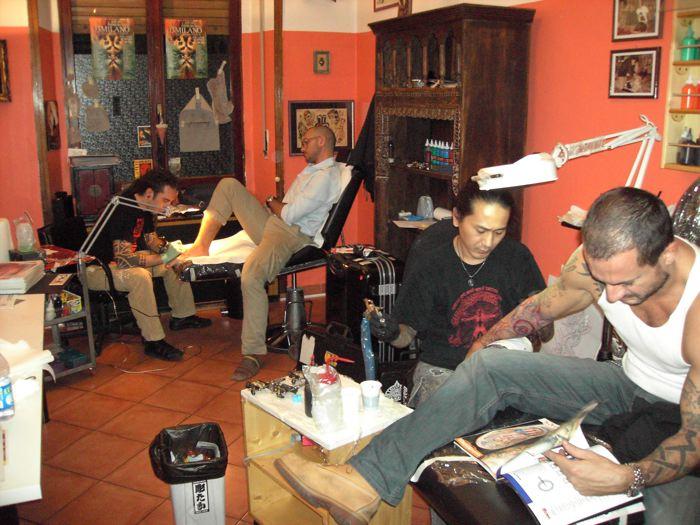 ...Al Primordial Pain tattoo studio con Shige